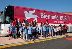 bus, biennale