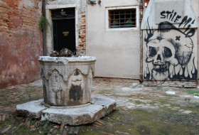 fai, graffiti, facebook, pozzi