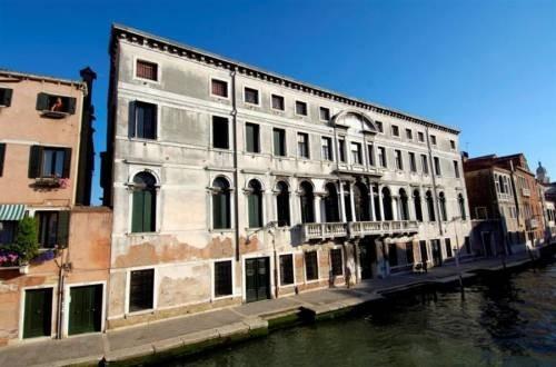 Cà Zenobio, Collegio Armeno Venezia