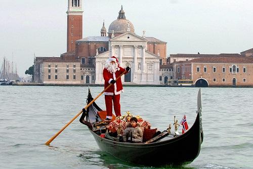 Venice's gondolier Paolo Agostino dresse